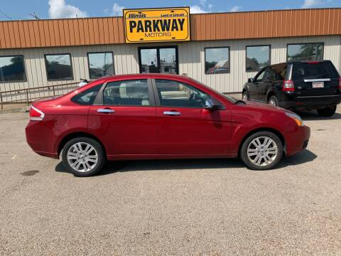 2010 Ford Focus for sale at Parkway Motors in Springfield IL