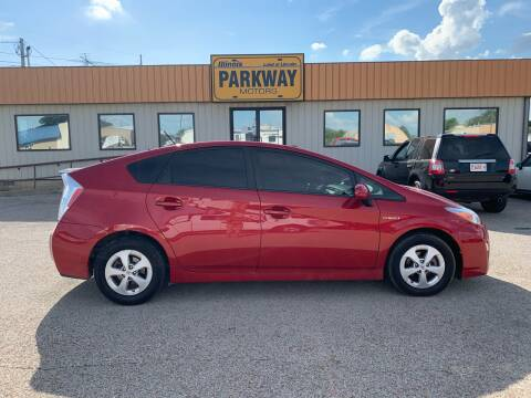 2010 Toyota Prius for sale at Parkway Motors in Springfield IL
