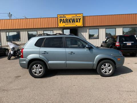 2007 Hyundai Tucson for sale at Parkway Motors in Springfield IL