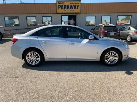 2011 Chevrolet Cruze for sale at Parkway Motors in Springfield IL