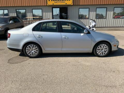 2010 Volkswagen Jetta for sale at Parkway Motors in Springfield IL