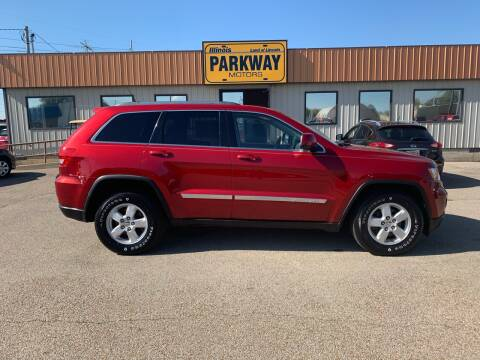 2011 Jeep Grand Cherokee for sale at Parkway Motors in Springfield IL