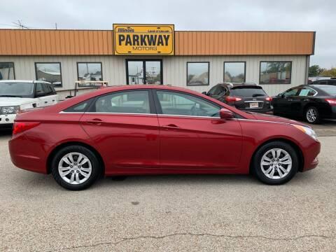 2012 Hyundai Sonata for sale at Parkway Motors in Springfield IL