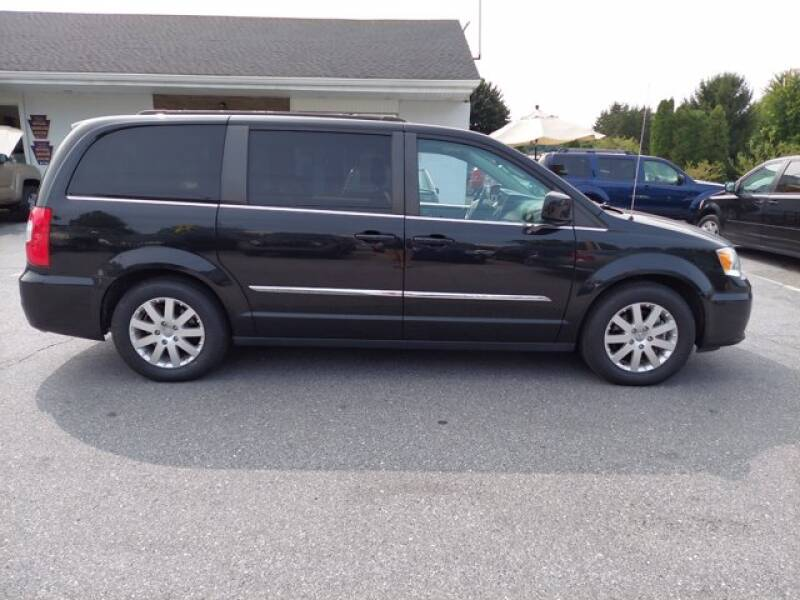 2015 Chrysler Town and Country Touring 4dr Mini-Van - Columbia PA