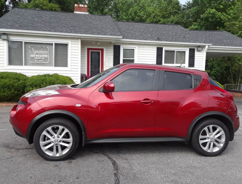 2011 Nissan JUKE for sale at SIGNATURES AUTOMOTIVE GROUP LLC in Spartanburg SC