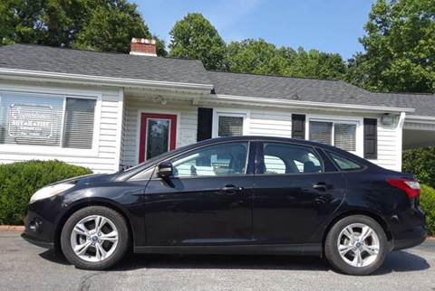 2013 Ford Focus for sale at SIGNATURES AUTOMOTIVE GROUP LLC in Spartanburg SC