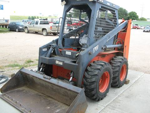 2001 Thomas Pro Tough 1700 Skidsteer for sale in Sioux Falls, SD