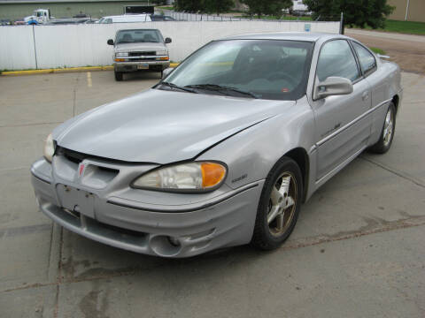 2000 Pontiac Grand Am for sale at Jim & Ron's Auto Sales in Sioux Falls SD
