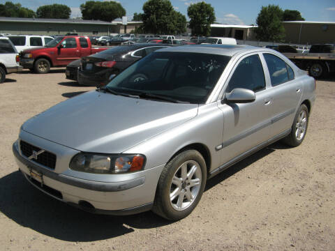 2001 Volvo S60 for sale at Jim & Ron's Auto Sales in Sioux Falls SD