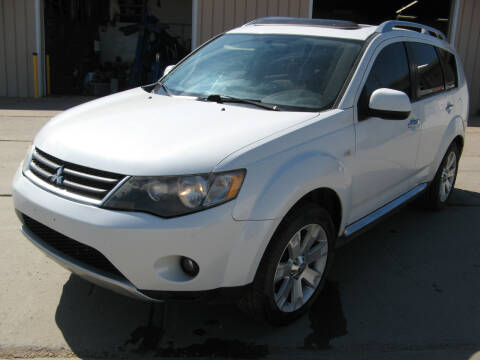 2008 Mitsubishi Outlander for sale at Jim & Ron's Auto Sales in Sioux Falls SD