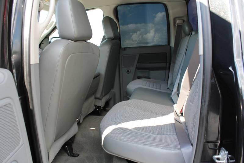 2008 Dodge Ram Pickup 2500 SLT 4dr Quad Cab 4WD SB - St. Charles MO