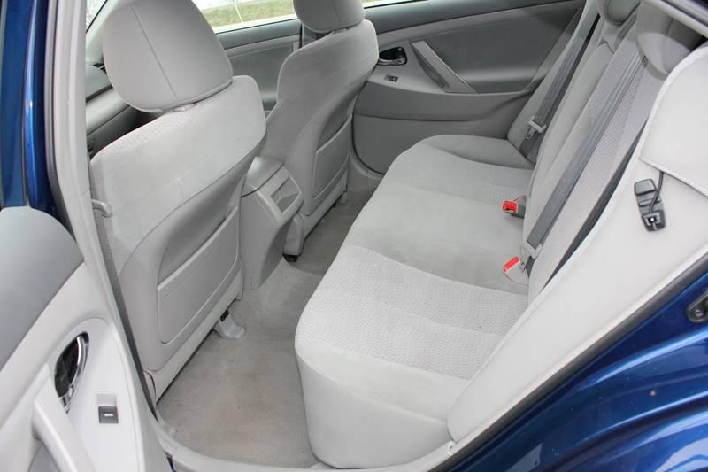 2011 Toyota Camry LE 4dr Sedan 6A - St. Charles MO