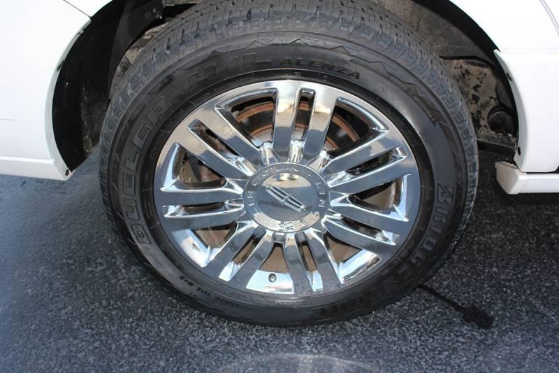 2010 Lincoln Navigator 4x4 4dr SUV - St. Charles MO