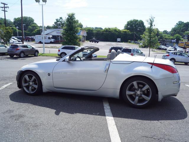 2006 Nissan 350Z Touring 2dr Convertible (3.5L V6 5A) - Charlotte NC