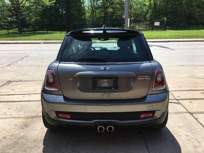 2009 MINI Cooper S 2dr Hatchback - Cleveland OH