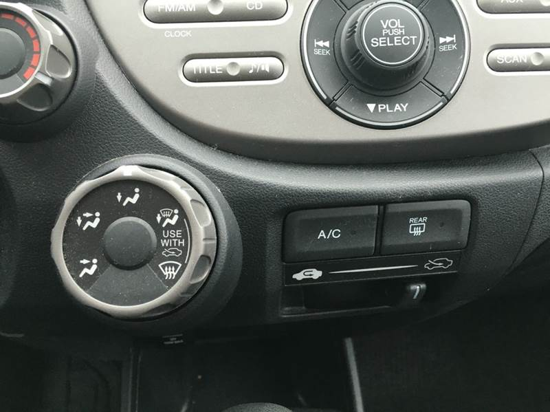 2013 Honda Fit 4dr Hatchback 5A - Cleveland OH