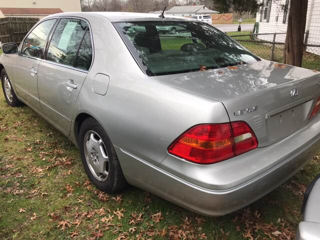 2002 Lexus LS 430 for sale at GALANTE AUTO SALES LLC in Aston PA