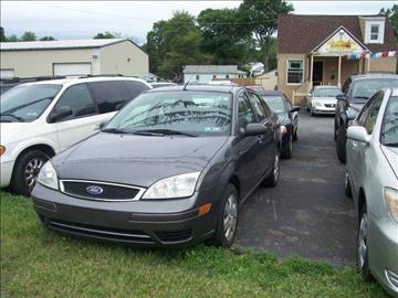 2007 Ford Focus for sale at GALANTE AUTO SALES LLC in Aston PA