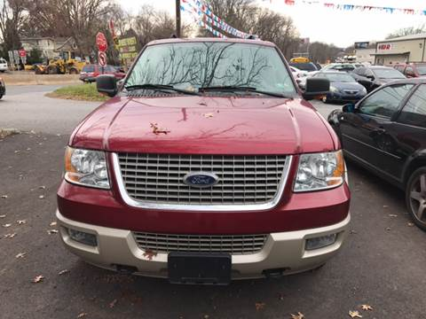 2006 Ford Expedition for sale at GALANTE AUTO SALES LLC in Aston PA
