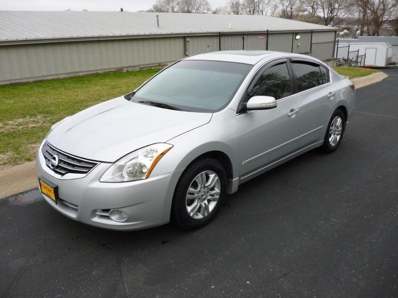 2011 Nissan Altima for sale at Homan's Auto in Bellevue NE