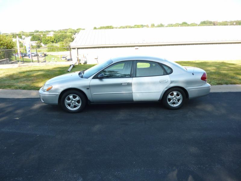 2004 Ford Taurus for sale at Homan's Auto in Bellevue NE