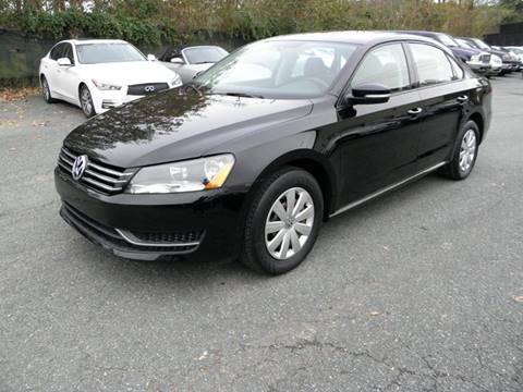 2013 Volkswagen Passat for sale at Dream Auto Group in Dumfries VA