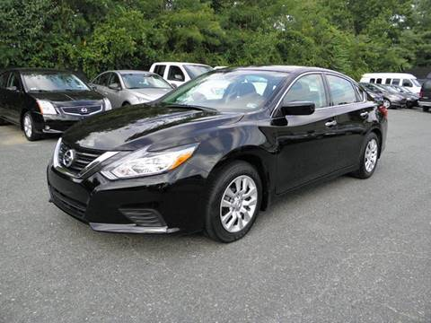2017 Nissan Altima for sale at Dream Auto Group in Dumfries VA
