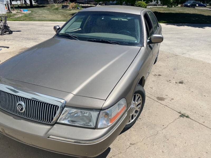 2005 Mercury Grand Marquis for sale at DK Auto in Centerville SD