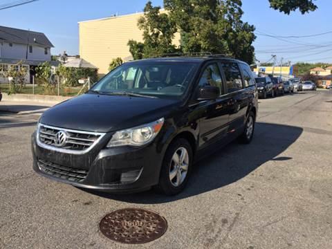 2011 Volkswagen Routan for sale in Ridgewood, NY