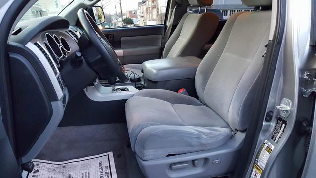 2008 Toyota Sequoia SR5 4x4 4dr SUV (5.7L) - Ridgewood NY