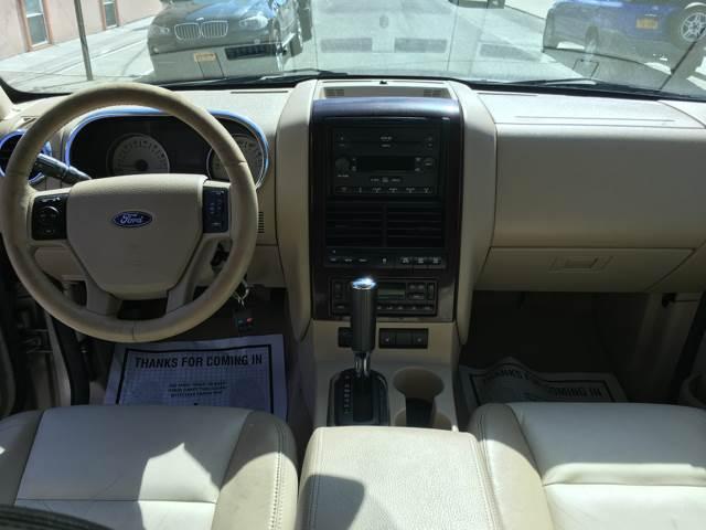 2006 Ford Explorer Limited 4dr SUV 4WD w/V6 - Ridgewood NY