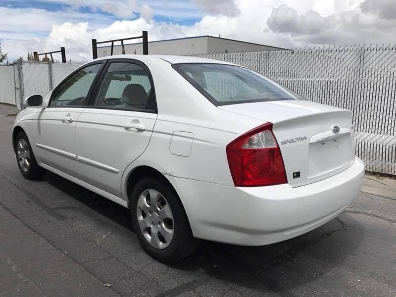 2004 Kia Spectra EX 4dr Sedan (2004.5) - Layton UT