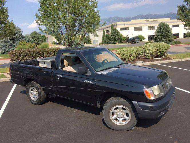 2000 Nissan Frontier 2dr XE Standard Cab SB - Layton UT