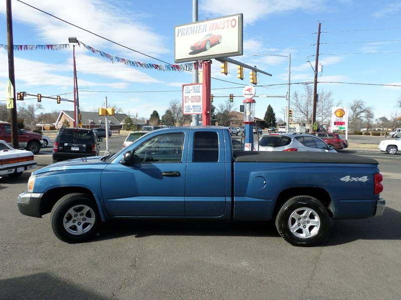 2005 Dodge Dakota 4WD SLT 4dr Club Cab SB - Wheat Ridge CO