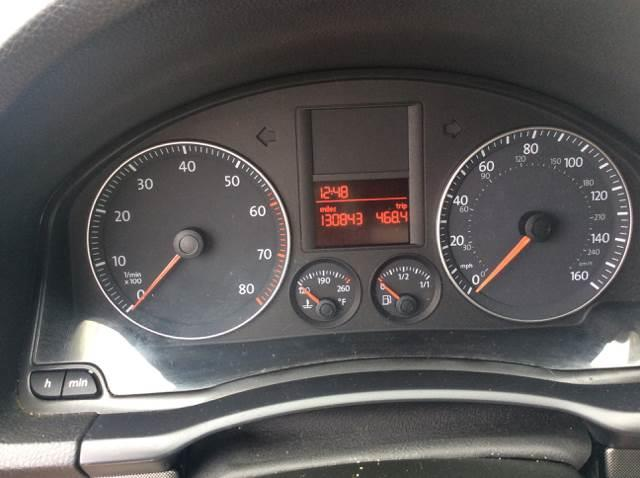 2006 Volkswagen Rabbit 4dr Hatchback w/Automatic - Seattle WA
