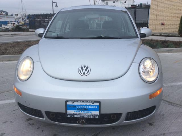 2006 Volkswagen New Beetle 2.5 2dr Hatchback w/Manual - Seattle WA
