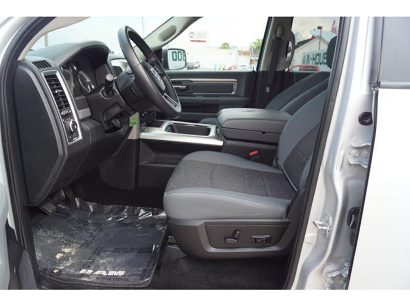 2016 RAM Ram Pickup 1500 4x4 SLT 4dr Crew Cab 5.5 ft. SB Pickup - Houston TX