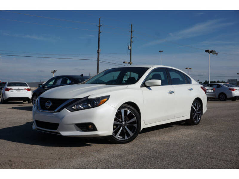 2017 Nissan Altima for sale at Maroney Auto Sales in Houston TX