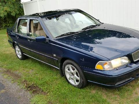 2000 Volvo S70 for sale at John Lombardo Enterprises Inc in Rochester NY