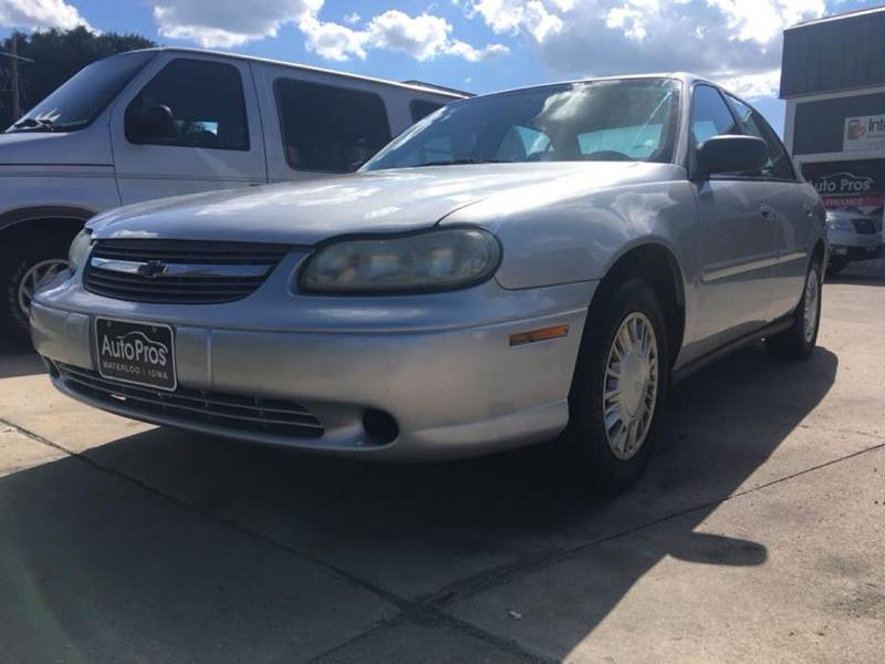 2004 Chevrolet Classic for sale at AutoPros - Waterloo in Waterloo IA