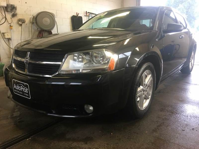 2009 Dodge Avenger for sale at AutoPros - Waterloo in Waterloo IA
