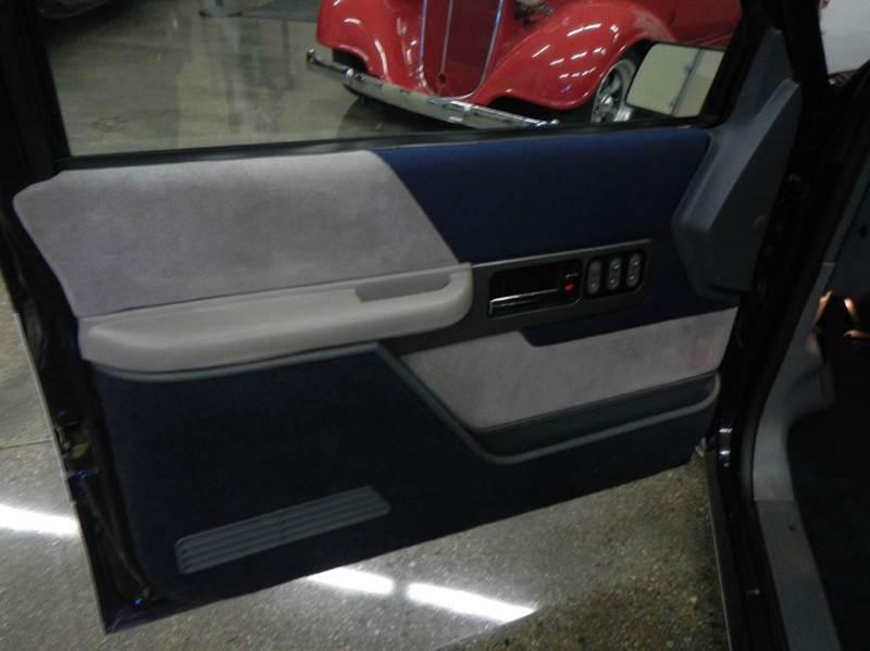 1990 Chevrolet C/K 1500 Series 34