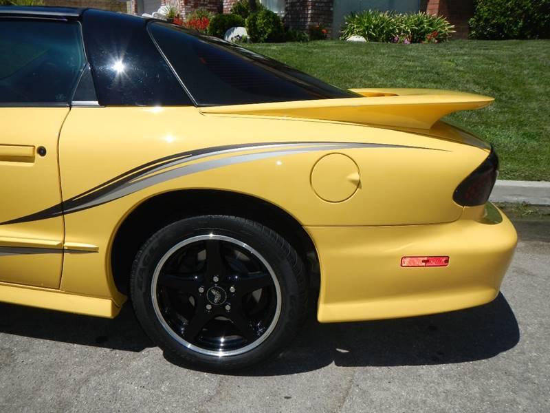 2002 Pontiac Firebird Trans Am 2dr Hatchback - Los Angeles CA
