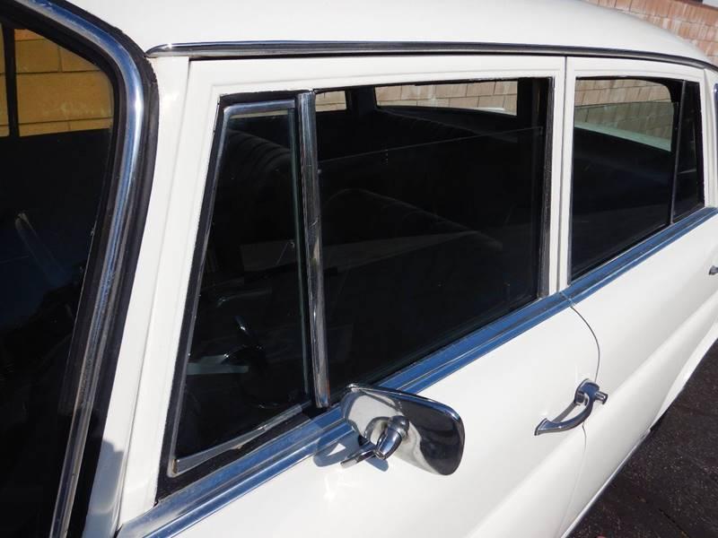 1967 Mercedes-Benz 240-Class 220D - Los Angeles CA