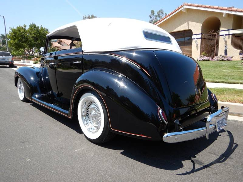 1938 Ford Cabriolet 6