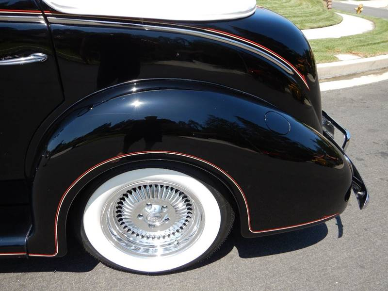 1938 Ford Cabriolet  Sedan Deluxe Street Rod - Los Angeles CA