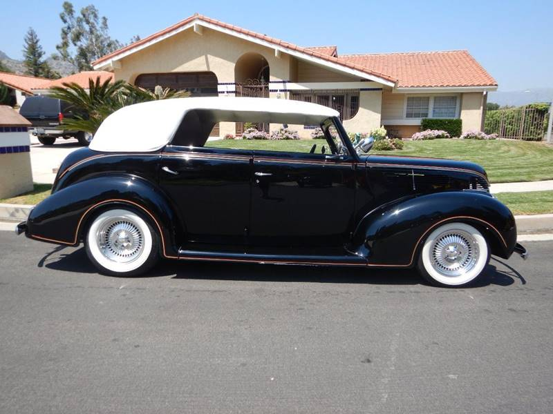 1938 Ford Cabriolet 34