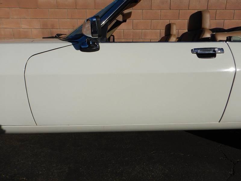 1990 Jaguar XJ-Series 11