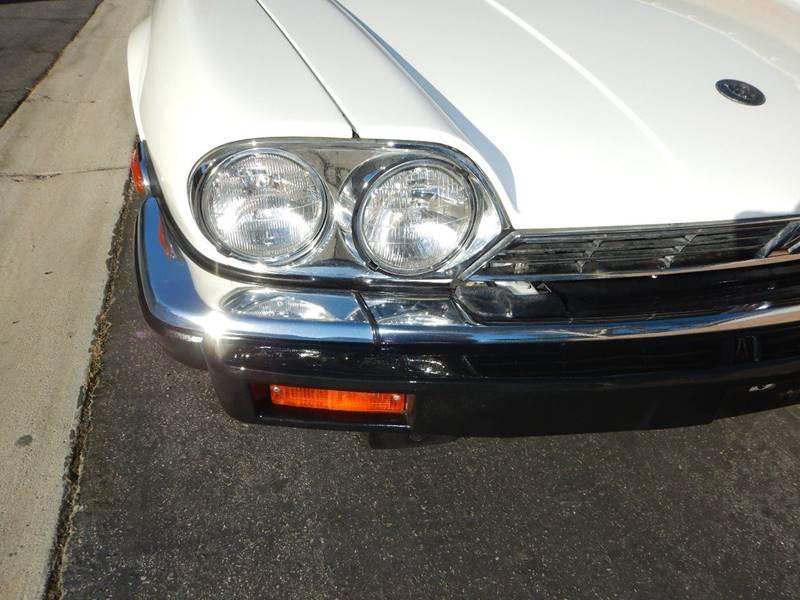 1990 Jaguar XJ-Series 24