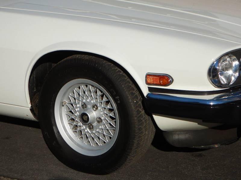 1990 Jaguar XJ-Series 25